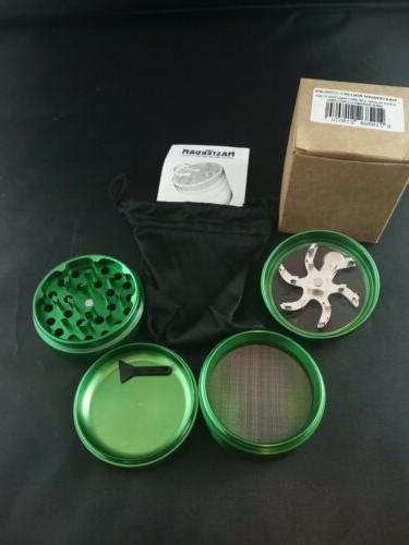 Masterdam Rolling Supplies Herb Grinder 4 Part Green